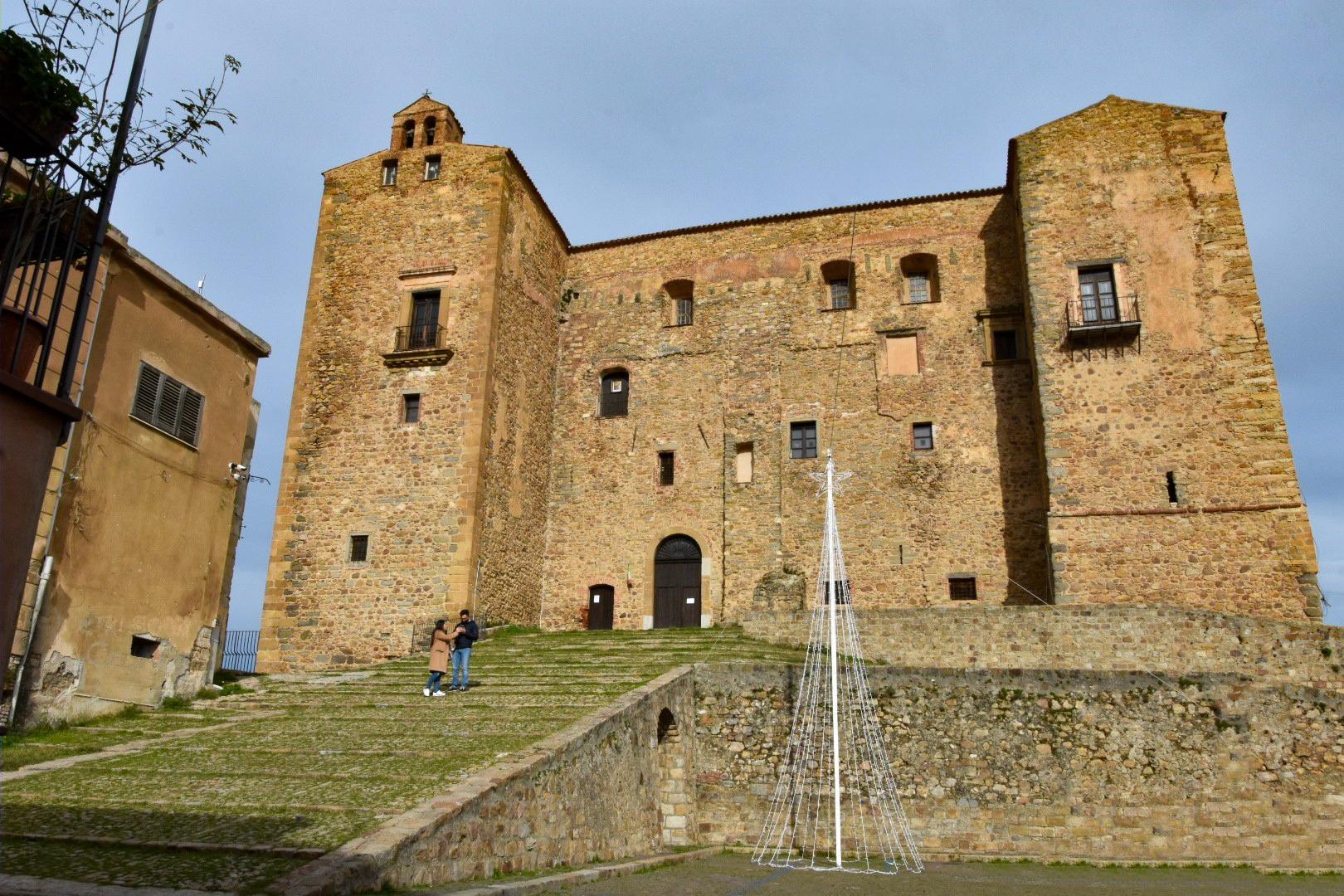 Borghi di Sicilia: CASTELBUONO