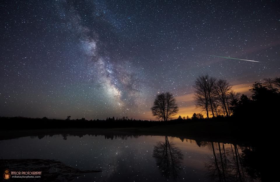 Il cielo di maggio: ritornano le stelle cadenti, la Luna al perigeo e Mercurio nel cielo serale