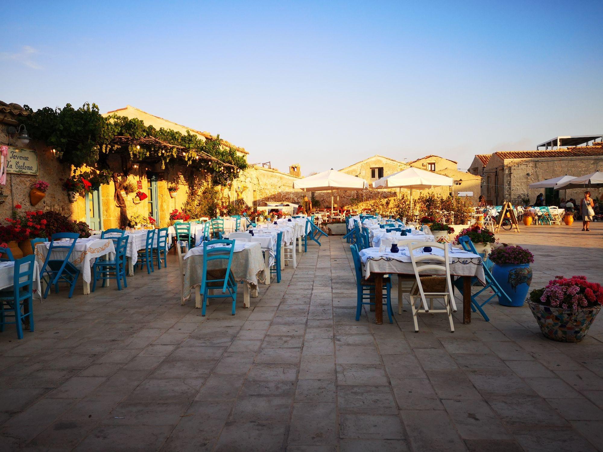 Il fascino di MARZAMEMI, incantevole borgo siciliano