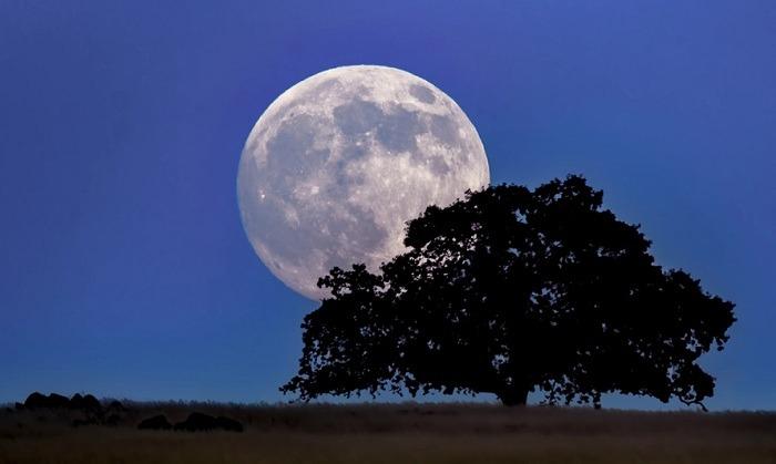 Due LUNE piene nel cielo di ottobre (e non saranno blu!)